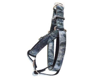 Smoke Dog Harness - Grey and Black Marbled Watercolour Dye Front Clip Step In No Pull Harness