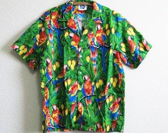 Authentic Hawaiian Shirt Tiki Parrots Jungle L 100% Cotton Hilo Hattie Made in Hawaii