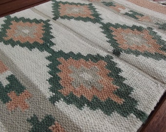 Vintage Hand Woven Cotton Table Runner. Handmade runner. Swedish Vintage from 1970'.
