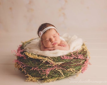 Pink Newborn Bowl Photo Prop, Rose Bloom Bowl, Woven Baby Bowl, Photography Prop, Grass Newborn Bowl, Organic Prop, Pink Bowl