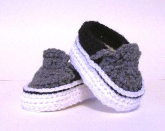 Baby Sneakers, Baby Shoes Crochet, baby boy shoes, vans style booties, vans baby booties, baby shower gift idea, booties newborn to 3 months
