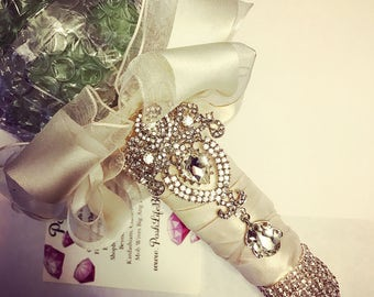 Bling Bride Crystal Bouquet Holder