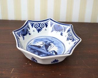 Vintage Delft Dish