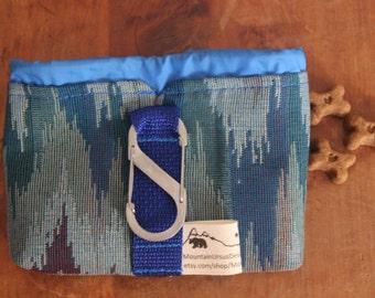 SMALL Dog Treat Bag with Carabiner & Belt Loop, Puppy Treat Training Bag, Dog Walks Hikes, Animal Lover Gift, Service Dog