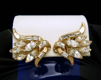 Crown Trifari Earrings Rhinestone Gold Tone Clip Ons Flower Shape