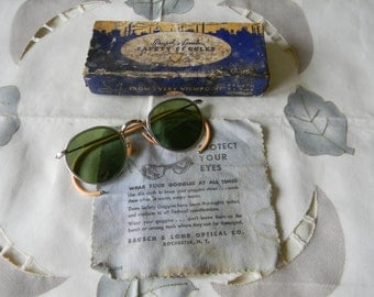 True Vintage Rare Bausch and Lomb Green Lenses Ful Vue 23 Safety  Sunglasses 1940's WW 2. NOS.Made in the USA.