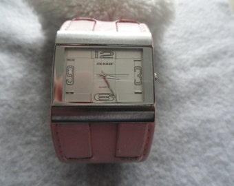 Joe Boxer Quartz Ladies Watch with a Pink Band