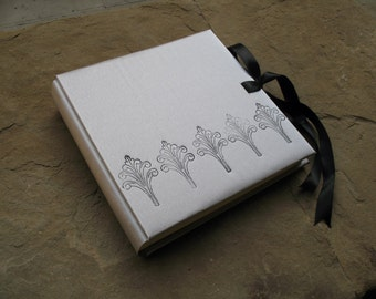 wedding photo album silver album with satin ribbon 30x30cm made in italy