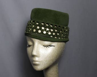 Stylish Vintage Green Cut Out Cloche Vintage Ladies  Hat