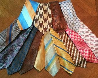 1970s 14 piece lot of mens ties.