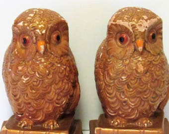 """Vintage Owl Bookends, Solid Plaster or Chalkware, Glaze, Paint, 6 1/4"""" tall"""