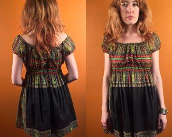 Vintage boho off the shoulder mini dress Size Small