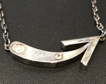 Vintage silver plate arrow style necklace with fancy chain.