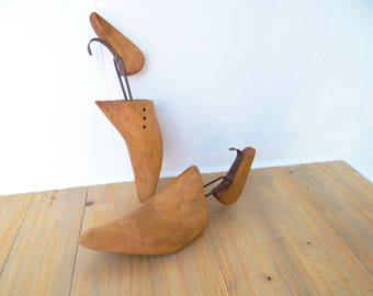 Vintage Wooden Shoe Trees  Forms or Keepers, Pair of Wooden  Shoe Stretchers  Circa 1950s