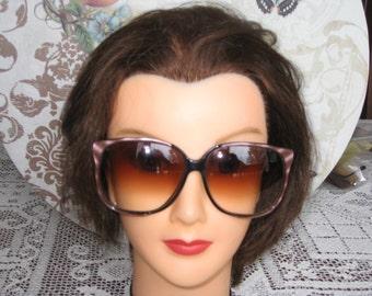 "Vintage Womens Lavender/Black Oversized Faberge Designer Sunglasses/ Womens Sunglasses/ Sunglasses Made In France/Faberge Eyewear /2"" X 2.5"""
