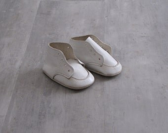 Vintage White Leather Baby Dress Shoes