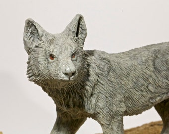 Coyote Sculpture - Beautiful Detailed Carving