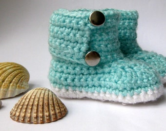 SALE! Crochet baby booties, crochet baby slippers, Baby Shoes, Infant Booties, Toddler Shoes.