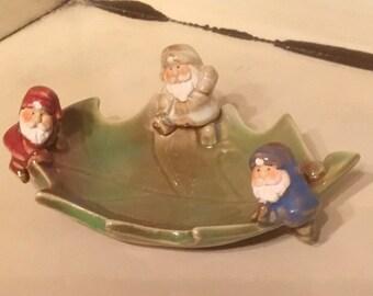 Vintage small 3 Santa Claus Dish