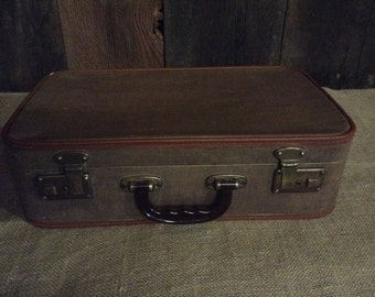 Vintage Luggage SuitCase Brown and White Speckled Vinyl Suitcase with Tan Trim No. 203