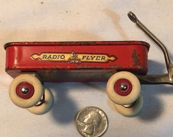 Excellent 1933 Red Radio Flyer Souvenir Wagon