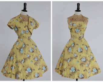 Vintage original 1950s 50s cotton dress in sunshine yellow with blue rose print UK 6 8 US 2 4 XS S
