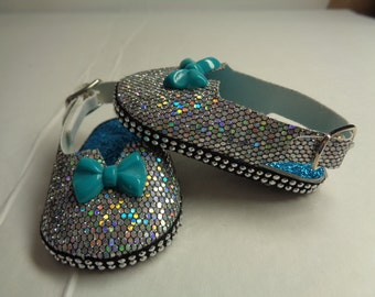 """Silver Sparkle 18"""" Doll Sandals-Shown on my american girl doll"""