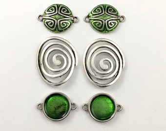 6 connectors antique silver and green enamel,27mm to 33mm  #CON 036