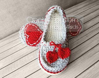 Crochet pattern- women slippers,loafers,home shoes,for women,girls,adults,medium thickness yarn,feminine look,ladies,footwear,heart,teen