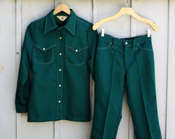 Lady Lee Leisure Suit for Women - Green Two Piece Outfit - Women's Western Suit - Polyester Suit - 70s Suit - 1970s Outfit - Groovy Suit