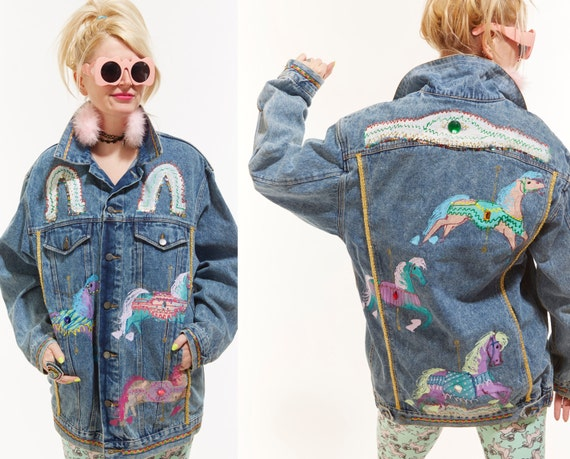 Vtg 80s Hand PAINTED JEAN JACKET Gem Studded Bedazzled Carousel Horses Unicorns Club Kid Sea Punk Grunge ooak Batwing Dolman Pastel Goth