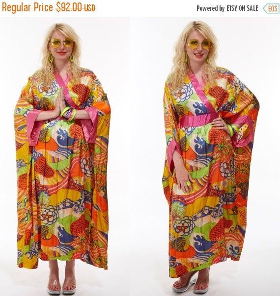Vtg 70s PSYCHEDELIC Print Maxi Tent Dress Robe KIMONO Goddess CAFTAN Resort Boho Asian Festival Gypsy Hippie Avant Garde Draped Beach osfa