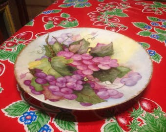 Vintage Thomas Sevres Bavaria hand painted plate with grape designs