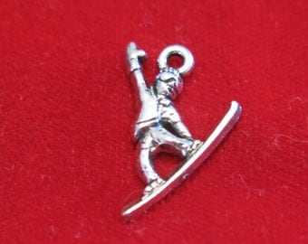 """10pc """"snowboard"""" charms in silver style (BC1152)"""