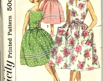 Simplicity 3463          Misses One-Piece Wrap-Around Dress        Size 12     Uncut