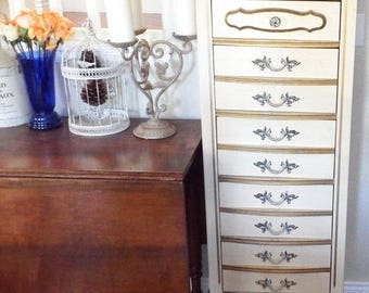 Vintage French Provincial Lingerie Chest Tall Dresser Near Mint Condition
