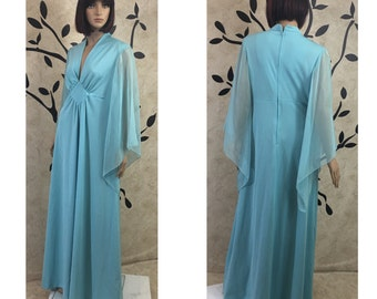 Vintage dress, Stylish dress, Cute dress, Women's dress, Light blue dress, Size 18 dress, Blue dress, Retro dress, Long dress