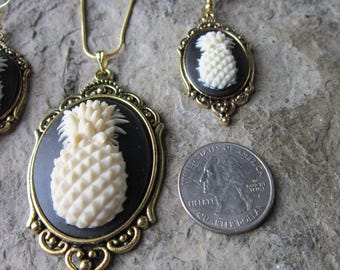 Pineapple Cameo Pendant Necklace and Earrings Set - Tropical, Fruit, Vacation, Cruise, Great Quality, Unique