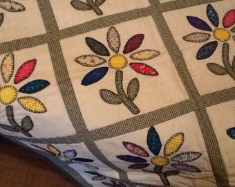 Appliqued baby quilt daisies in many colors33x40, green checked stems