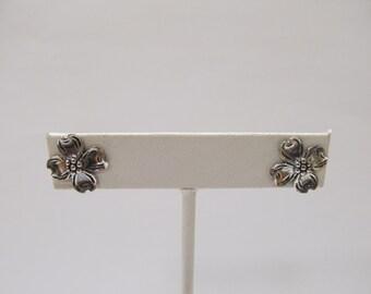 Sterling Silver Dogwood Flower Earrings Item W # 385