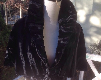 Vintage Faux Fur Cape Victorian Steam Punk/ Wedding Capelet Wrap