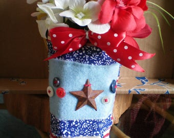 RED WHITE & BLUE Flower Arrangement ~ Hand Stitched Accents ~ Rusty Star Accent