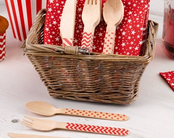 Wooden cutlery set. Gtreat for BBQs and picnics.