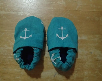 Teal crib shoes with anchors