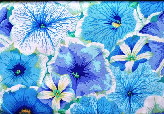 PETUNIAS Delft by Philip Jacobs for Kaffe Fassett Collective Sold in 1/2 yd increments