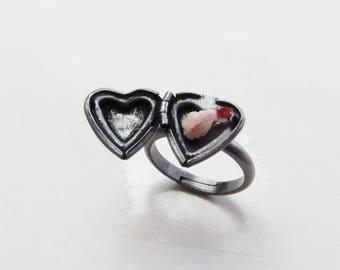 Prawn Tempura Locket Ring