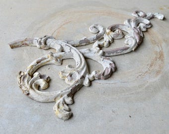 Beautiful Antique Decorative Bracket, Floral Architectural Salvage Reclaimed Found Object, White Shabby Chic