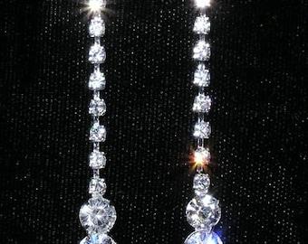 Style # 15082 - Graduated Raindrop Earrings
