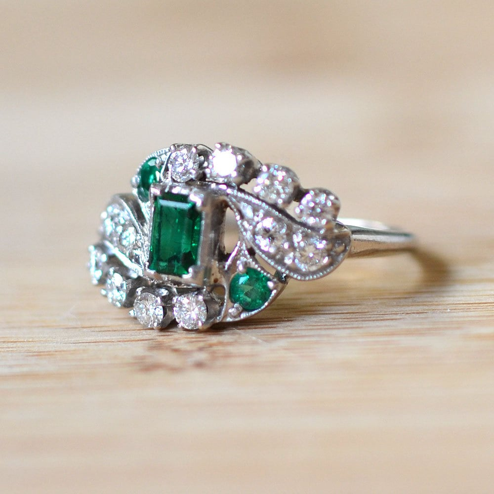Vintage 1930s Art Deco Emerald Ring With Diamonds Emerald  Vintage 1930s A...