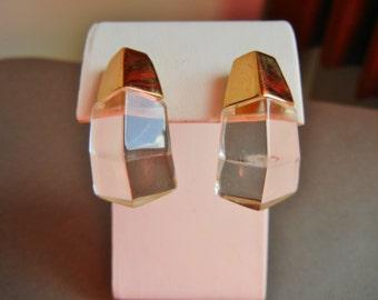 Vintage Trifari faceted lucite earrings, Trifari clear lucite earrings, Trifari clear lucite faceted earrings, Kunio Matsumoto for Trifari